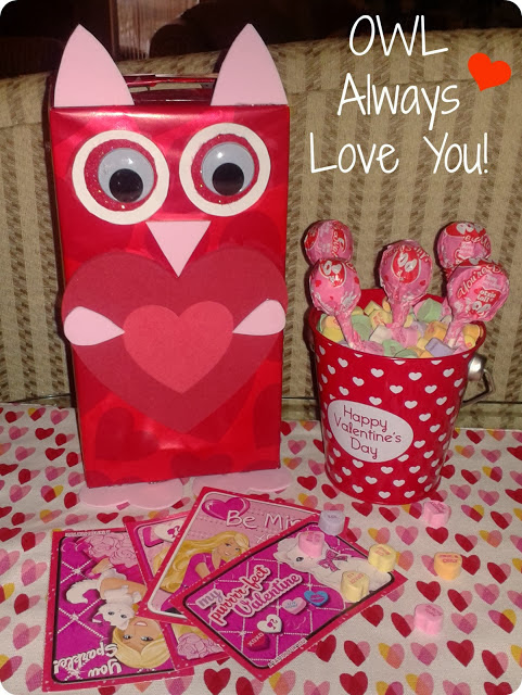 http://www.youngatheartmommy.com/2013/01/creating-valentines-day-memories-with_21.html