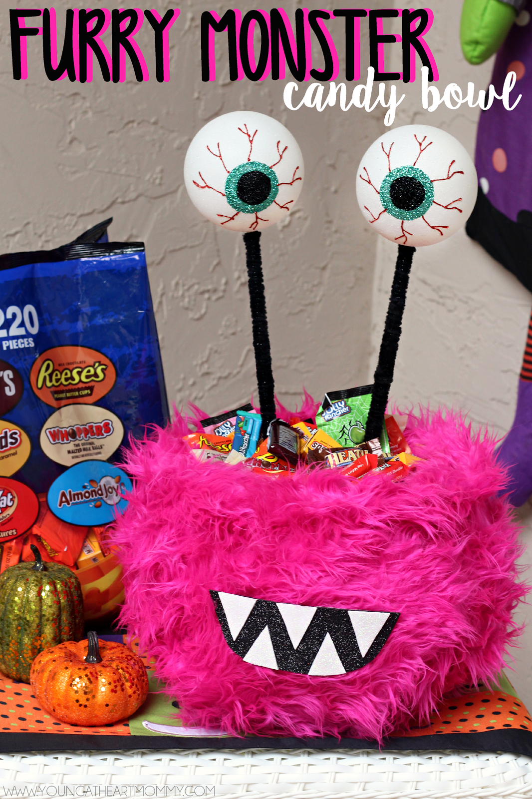 How to make a furry monster candy bowl for Halloween!