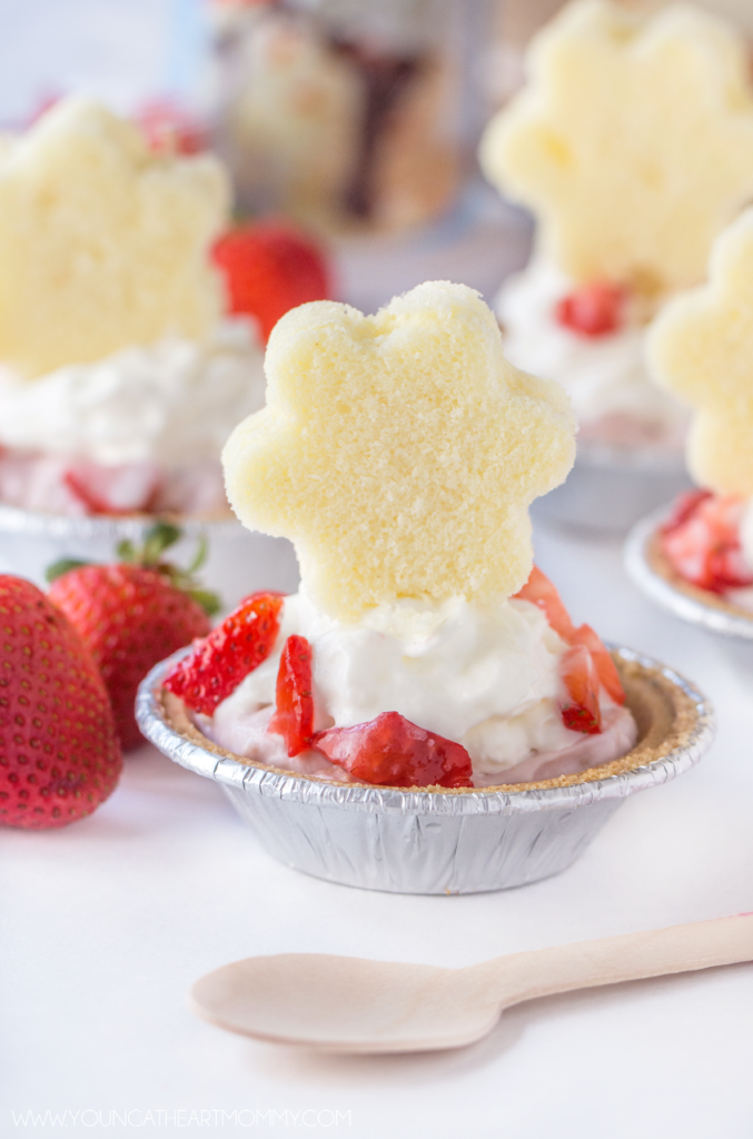 Strawberry-Shortcake-Mini-Pies