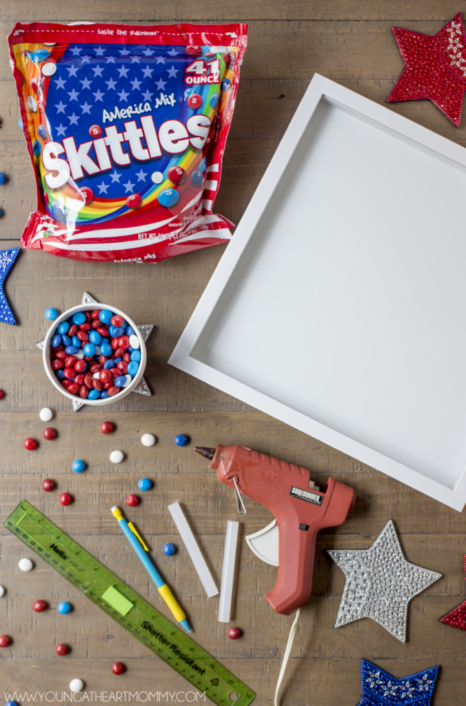 How-To-Make-A-Patriotic-Flag-Out-Of-Skittles