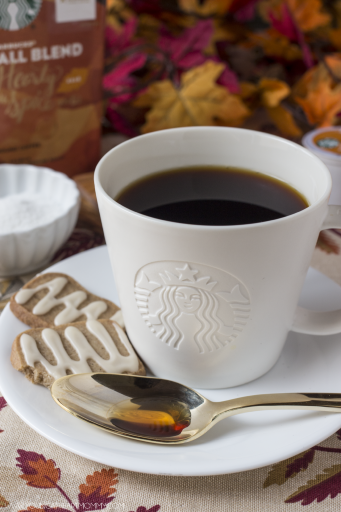 stabucks-fall-blend-and-chai-shortbread-cookies